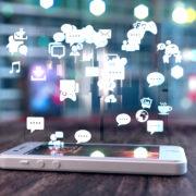 Soziale Medien-Digitalisierung-Paderborn-Foto-Shutterstock-Politik-Rat-Stadt