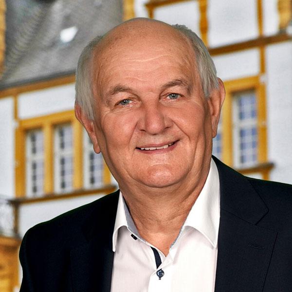 Franz-Josef Henze